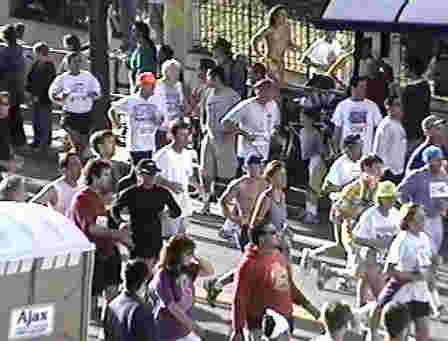 Bay to Breakers Race, large group of people running race.